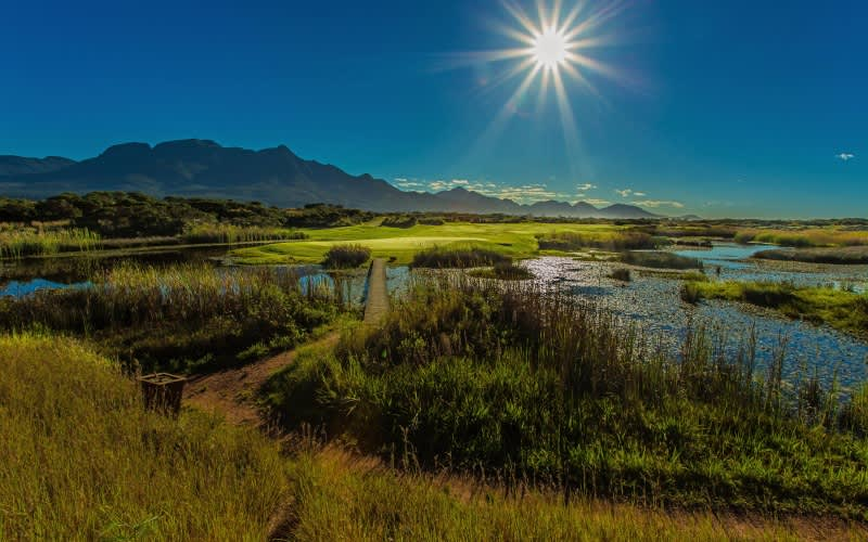 FANCOURT: Exclusive 5 Star VIP Golf Tour: 3 Night Stay for 2 at The Manor House + 6 Rounds of Golf incl CARTS & Daily Breakfast
