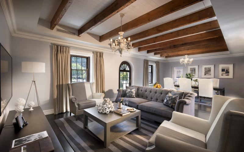 FANCOURT: Dream Couples Holiday Package: 2 Night Stay for 2 at The Manor House + Private Dinner & Spa Treatment + Daily Breakfast