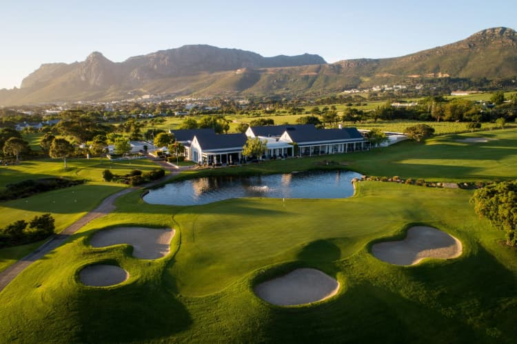 1 Night Stay for 2 + Breakfast at the LUXURIOUS 5* Steenberg Hotel & Spa!