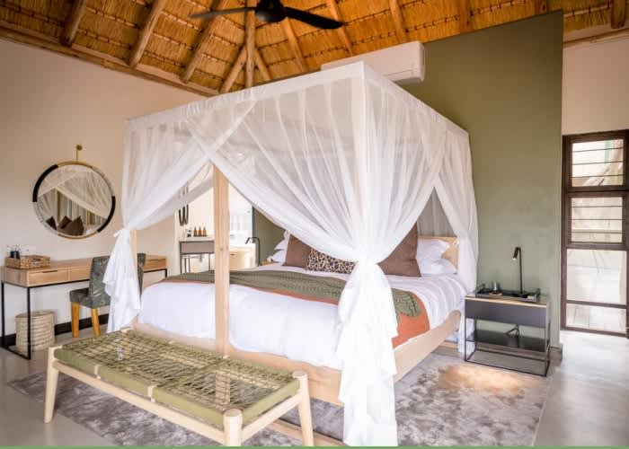 TULELA SAFARI LODGE -Kruger National Park- 1 Night Exclusive use of the Lodge for up to 10 People!