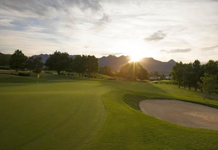 ERINVALE GOLF CLUB: 4-Ball + GPS Carts - only R1 999!