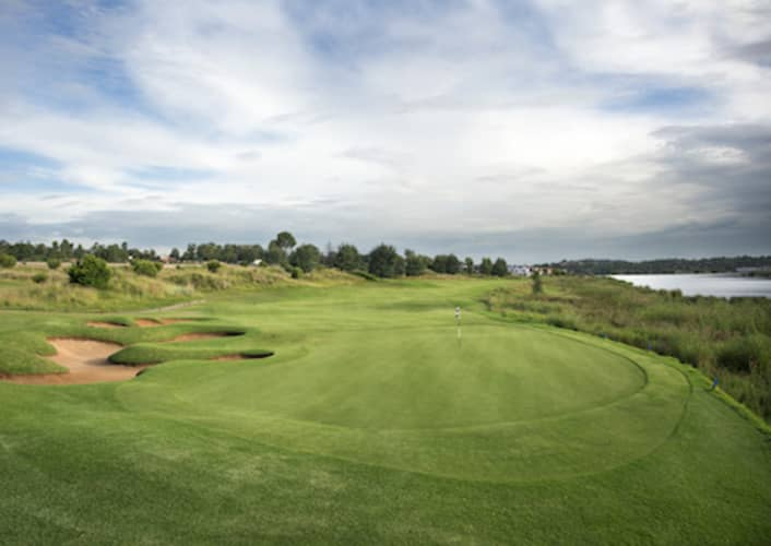 EBOTSE LINKS GOLF & COUNTRY ESTATE: 4-Ball Deal INCLUDING Carts