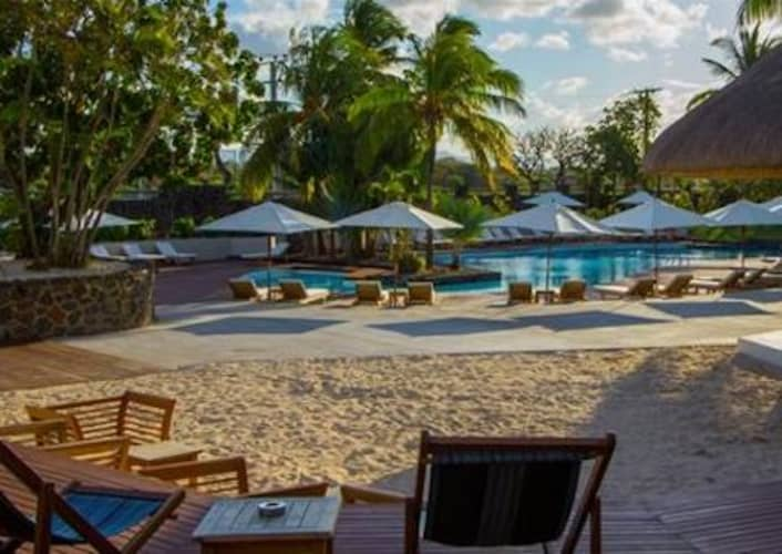 Solana Beach Hotel, MAURITIUS 4* - 5 Night Half Board Stay + FLIGHTS from only R16 550!
