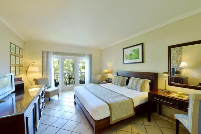 NEWLY RENOVATED 5* Sugar Beach Golf & Spa Resort: 5 Nights Family Holiday from R60 700!