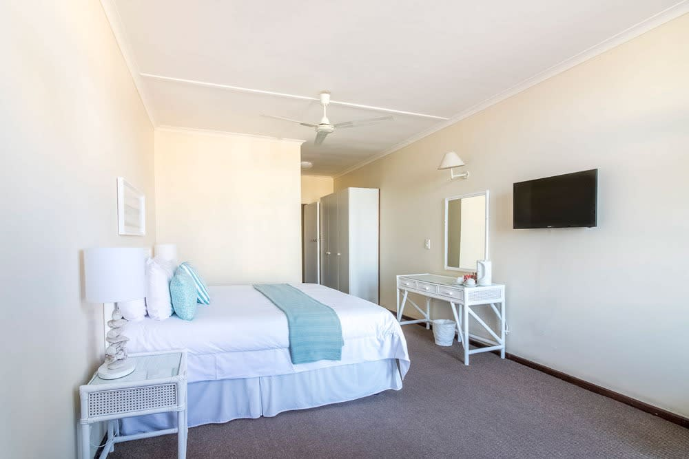 Bayview Hotel Plettenberg Bay- 1 Nights Stay for 2 + Breakfast from R1 220 pn!