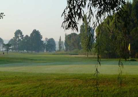 South Downs Country Club 4-Ball Deal