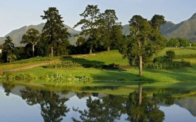 FANCOURT: Manor House Dream Golf Tour: 2 Night Stay for 2 + 6 Rounds of Golf & Daily Breakfast