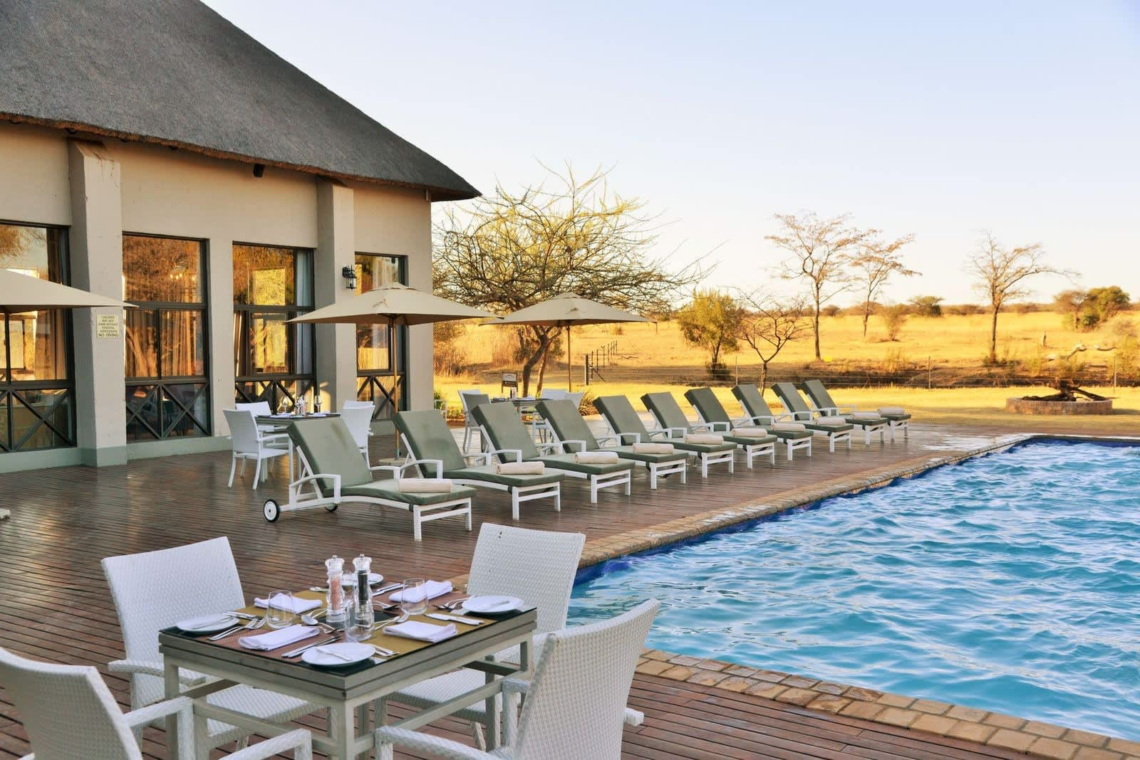 SAFARI PLAINS - 1 Night MIDWEEK Tented Stay for 2 people + Meals + Game Drives from R4 499!