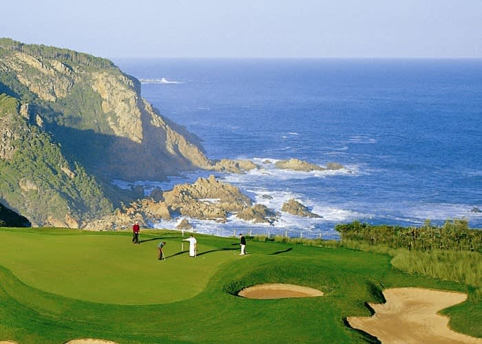 PEZULA NATURE HOTEL & SPA: 1 Night Stay for 2 + 1 Round of Golf pp + Cart Sharing + Breakfast!
