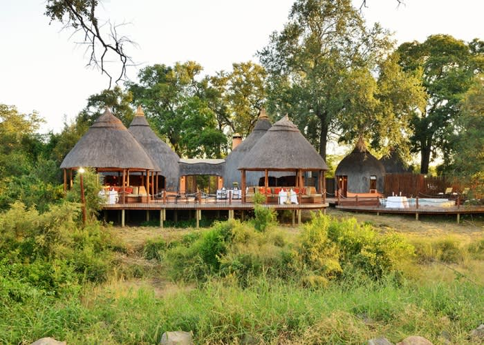 FLY-IN KRUGER- Hoyo Hoyo- ALL INCLUSIVE Luxury Stays for 2 Including: Meals + Safaris & FLIGHTS!