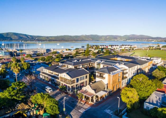 Knysna FAVOURITE THINGS- The Rex Hotel - 2 Nights 4*Couple's Stay + Spa Treatment & Sun Set Cruise and MORE!