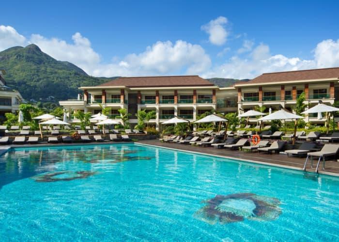 Savoy Seychelles Resort & Spa 5*: 7 Nights Luxury Stay on Beau Vallon Beach + Breakfast & FLIGHTS - From only R36 999 pp!