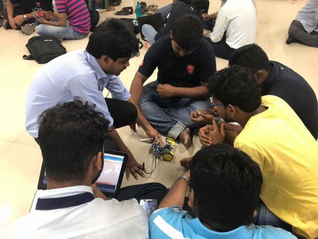 Line follower @ Techno India Rajarhat April 2017