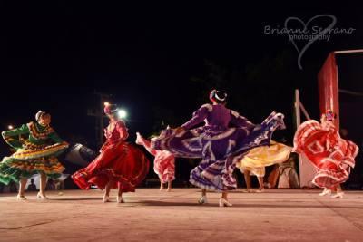 women, Mexican, festival, dancing