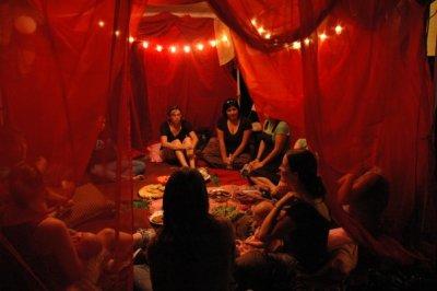 Red tent, Lesley Cressman