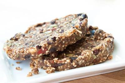 Superfood Cookies which use almond pulp!