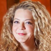 keynote speaker Eve Mayer - Owner & CEO -  Social Media Delivered digital summit atlanta