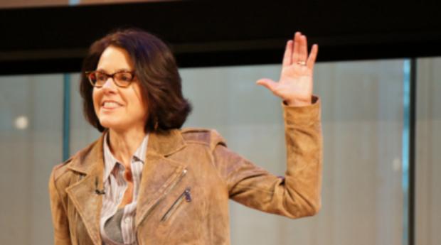 ann handley keynote speaker at marketing united 2017