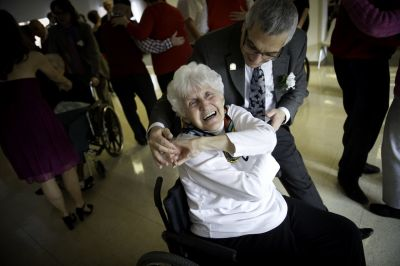 Senior Dancing, KYnamics, toonie tuesdays, Yovana Russell