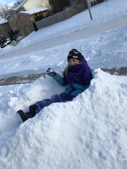 #snow #winteractivities #snowdays #buildingforts #playing