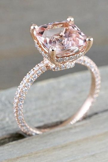 How to Confidently Shop Custom Made Fine Jewelry for Your Engagement