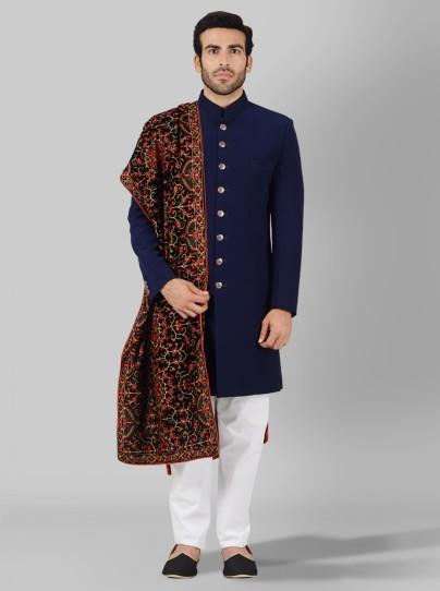 Ethnic Wear Getting Popular Among Modern Folks