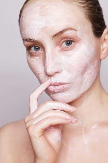 Oily skin has been one of the most difficult parts of every person's skin routine. Following proper tips for skin care would help.