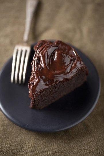 naked chocolate cake, dessert, paleo recipes