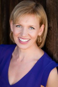mari smith  is one of the world's leading social media thought leaders with deep expertise in Facebook marketing.