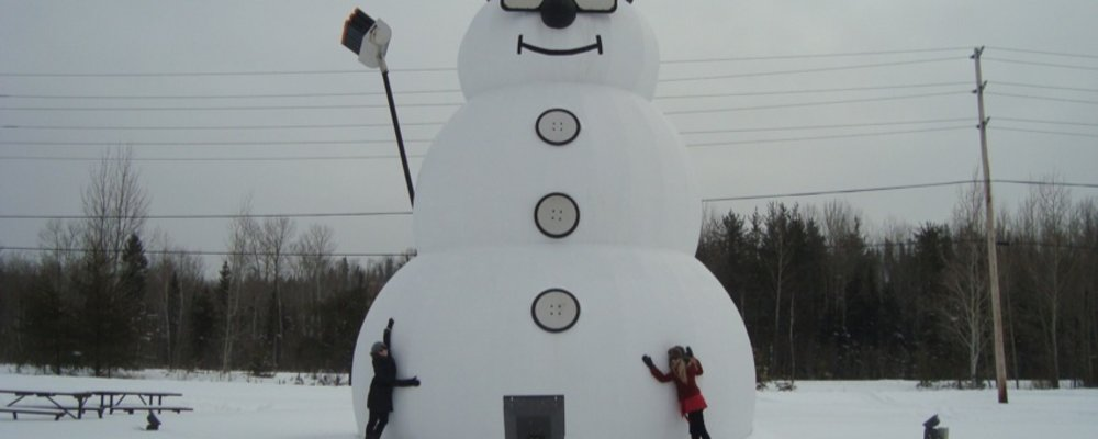 """The World's Biggest Snowman"""