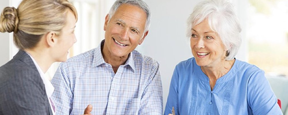 Top 5 Benefits of Retiring at Home