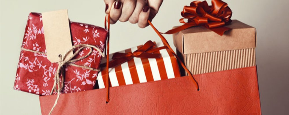 Christmas shopping with cut-off prices at Reecoupons