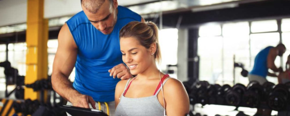 Breaking those Plateaus: How a Personal Trainer Can Help You Stick to Your Goals