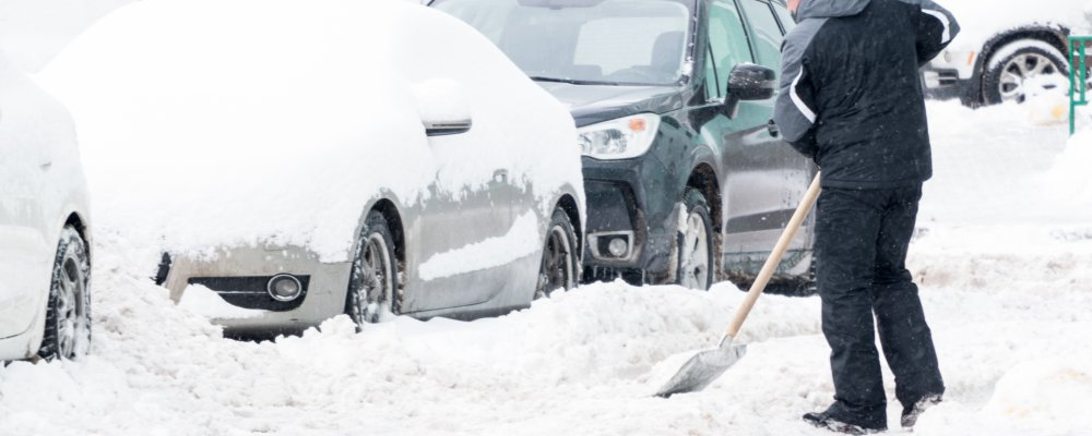 8 Shoveling Techniques to Save Your Back This Winter Season