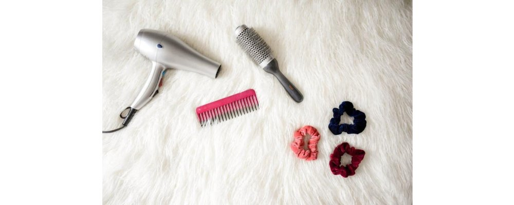 9 Types of Hair Brushes for Different Hair Types