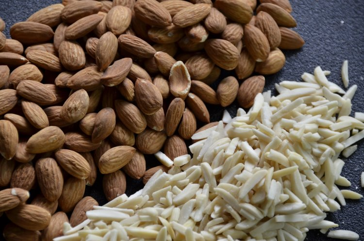 vitamin e foods almonds are a good natural vitamin e