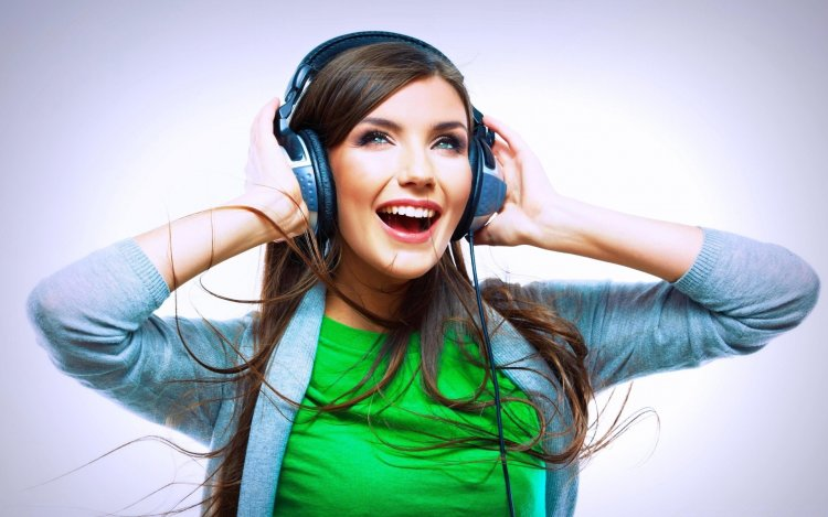 10 Tips For Buying Headsets Online
