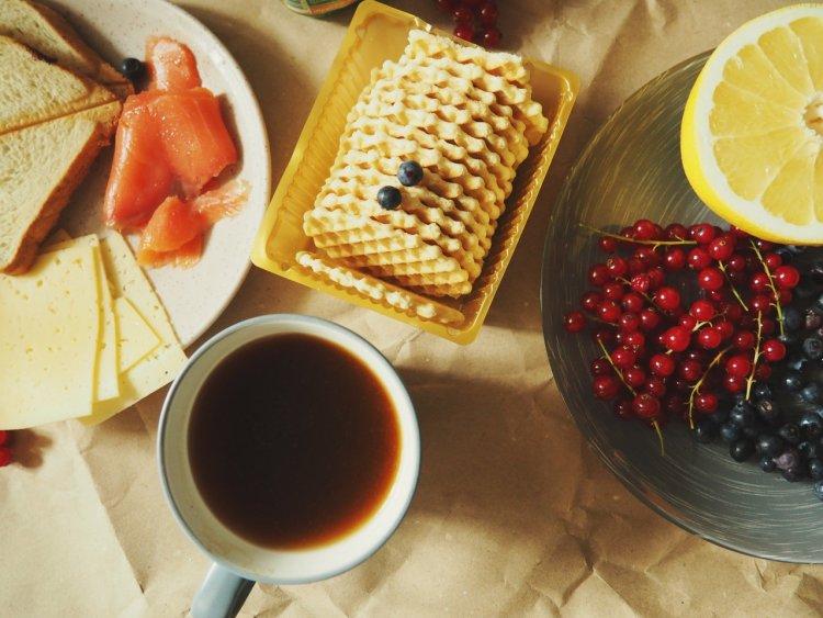 whiten your teeth, dentist, dentistry in waterloo, coffee, berries