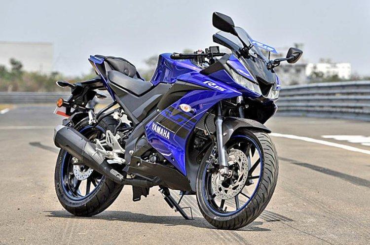 Yamaha YZF-R15: Kualitas sepeda motor ini akan mengubah cara berpikir pengendara