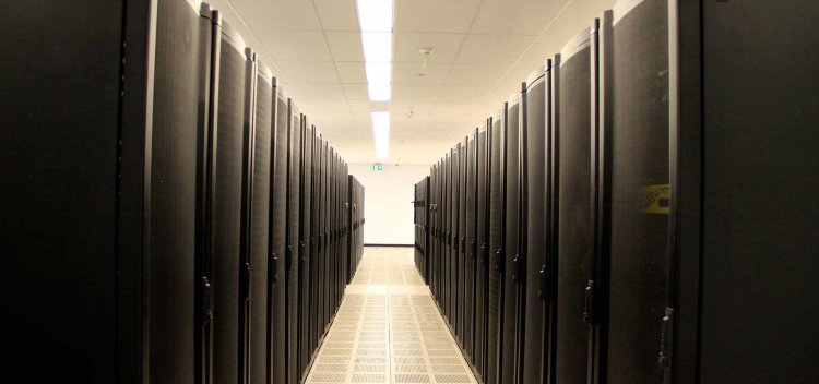 Nuday Carrier Neutral Data Center Packages in Toronto, Canada