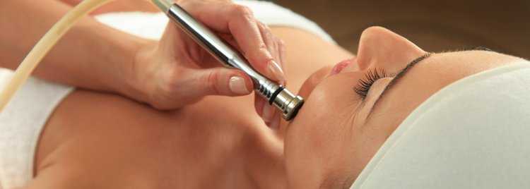 What is a Microdermabrasion Treatment?