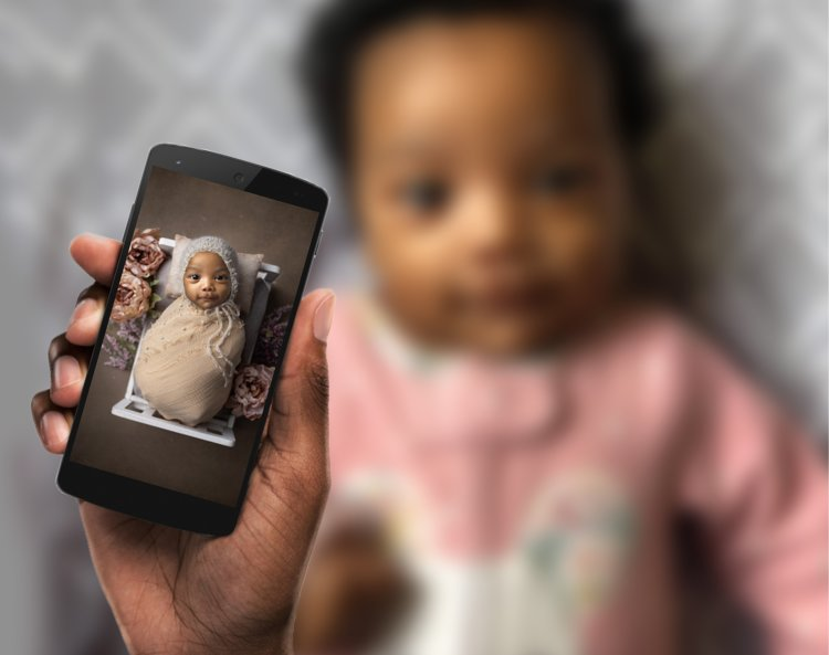 mom taking photo of her baby and creating images with the professional templates