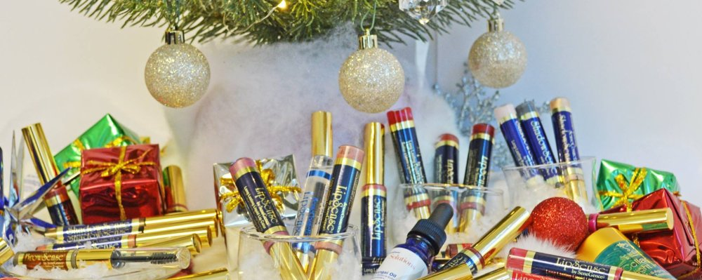 T'is the Season For Luscious Lips
