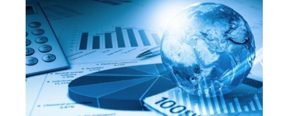 9 Fundamental Fallacies of Macroeconomics Enter content title here...
