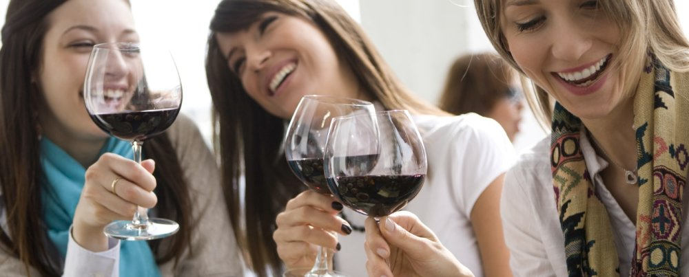 Women Wine and Food – What Fun!