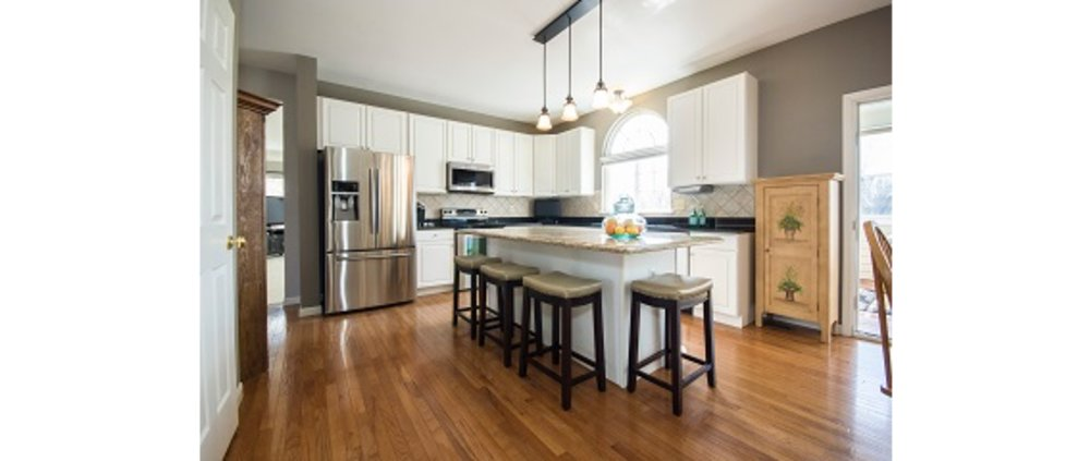 Flooring services in Kingston