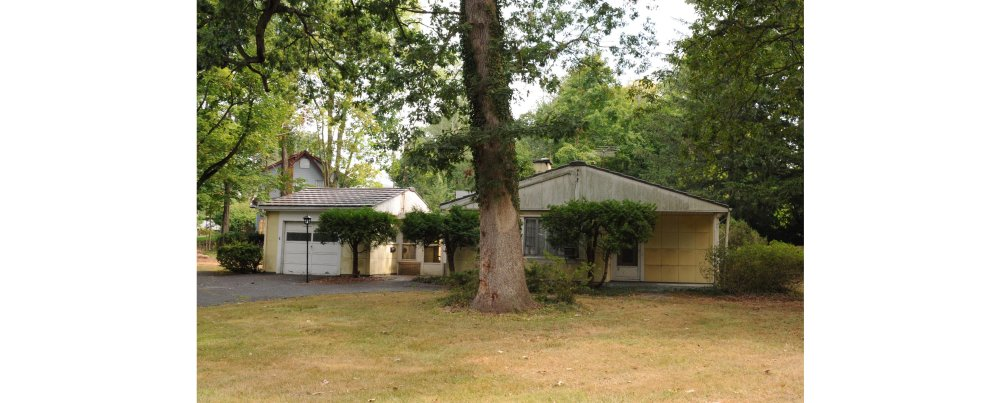 Closter's perhaps most Significant House is of a more recent era