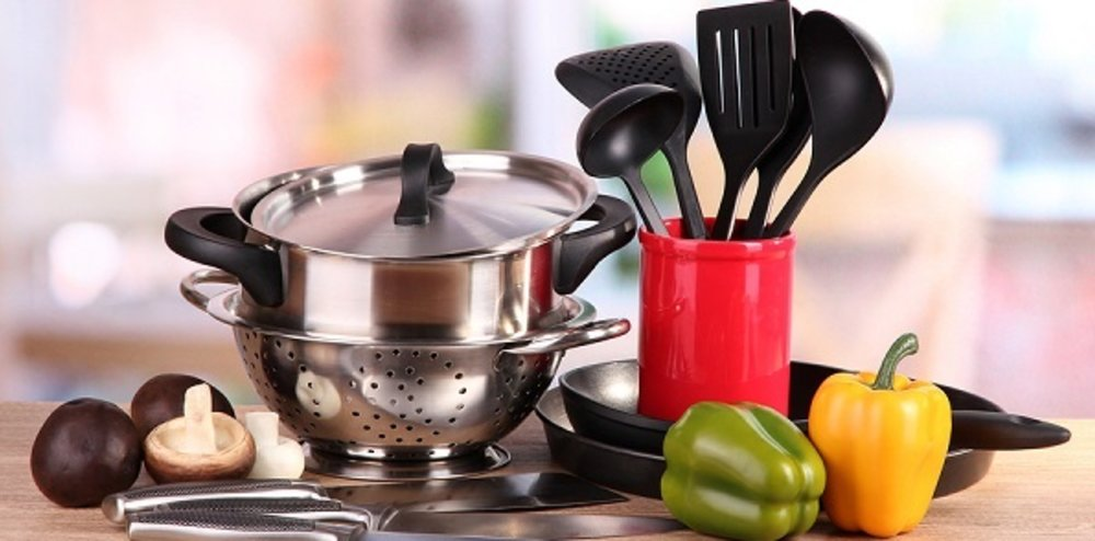 Top 10 Must-Have Kitchen Gadgets for Your Tiny Home