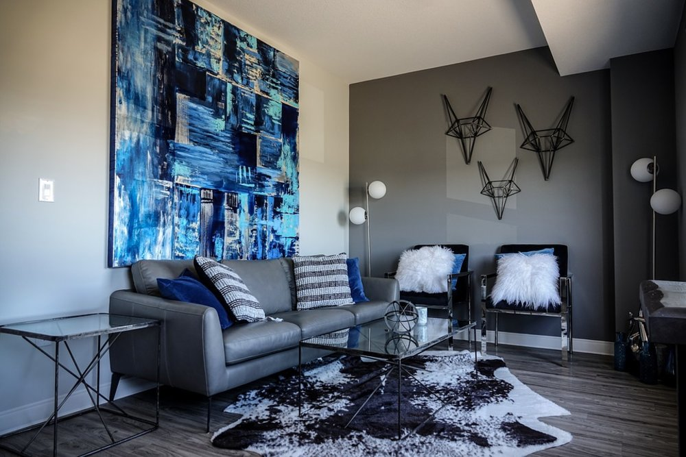 3 Ways To Hang Canvas Art Inspired by Florida Art Galleries