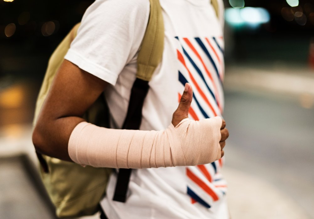 Best Ways to Recover From Broken Bones From a Car Accident